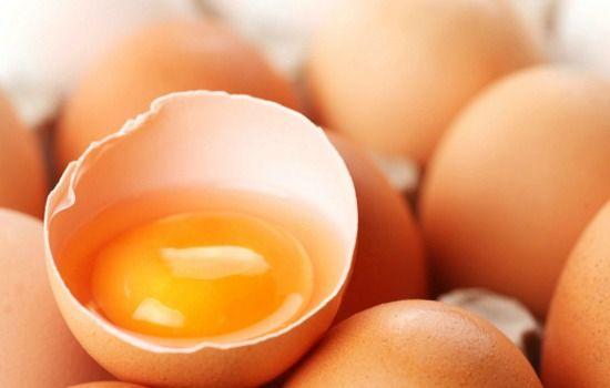 Alimentos que devem ser evitados durante a gravidez - ovos