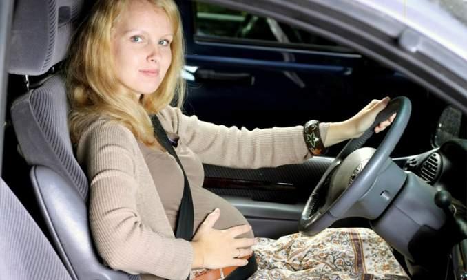 Cinto de segurança durante a gravidez você usá-lo corretamente